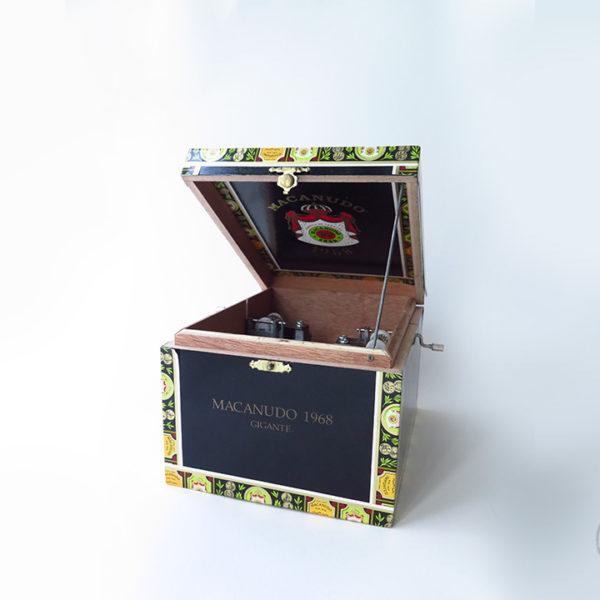 boite_musique_double_1_instrument_artisanal_recup