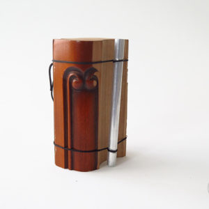 chime_sur_table_petit_1_instrument_artisanal_recup