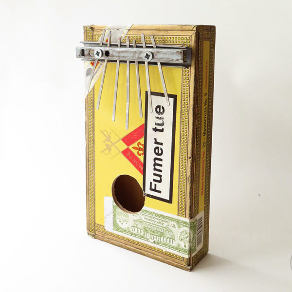 sanza_cigare_bois_moyen_1_instrument_artisanal_recup