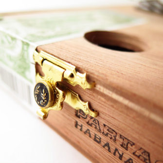 sanza_cigare_bois_petite_3_instrument_artisanal_recup