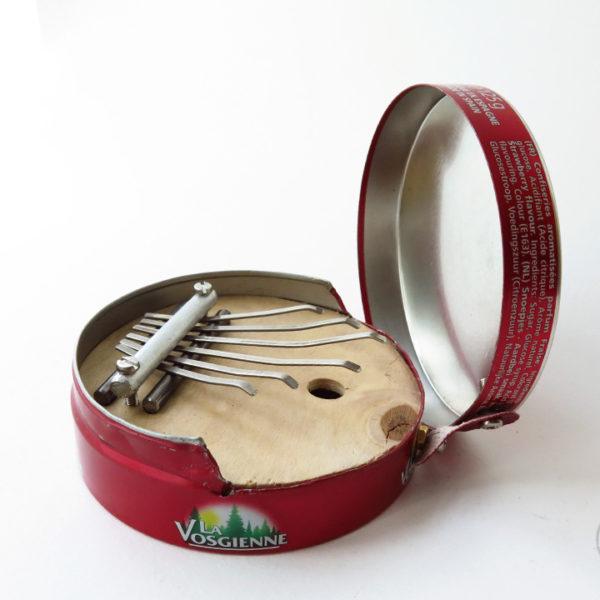 sanza_vosgienne_1_instrument_artisanal_recup
